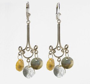 Chandelier earrings with mother-of-pearl