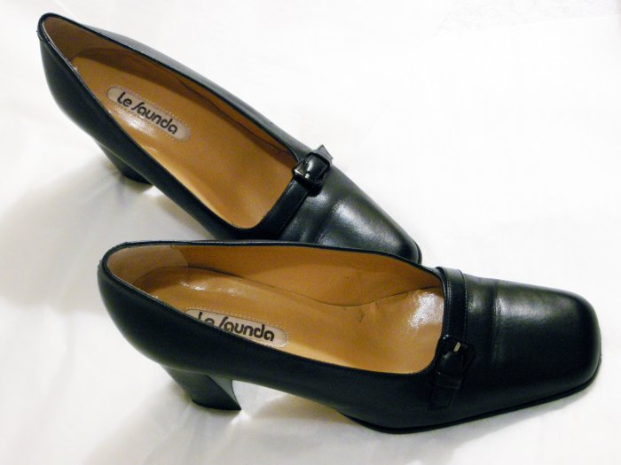 Le Saunda Classic Black Leather High Heels 35.5/5.5
