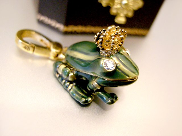 Juicy Couture Frog Prince Charm (Retired)