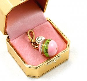 Juicy Couture 2008 Limited Edition Ornament Charm
