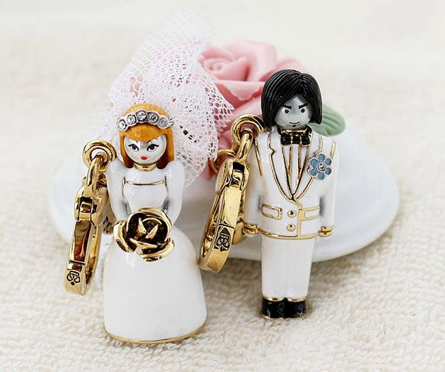 Juicy Couture 2011 Limited Edition Bride & Groom Charms Set
