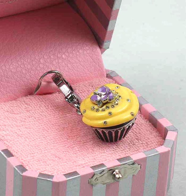 Juicy Couture Cupcake Charm