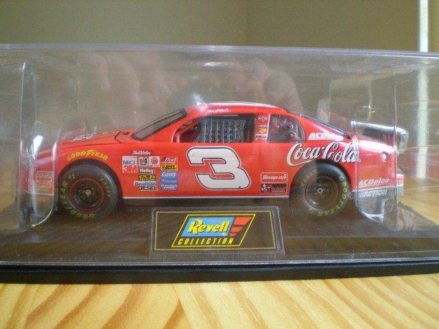 Dale Earnhardt Sr. 1:24 Scale Die Cast Replica 1998 Coke Chevrolet Monte Carlo