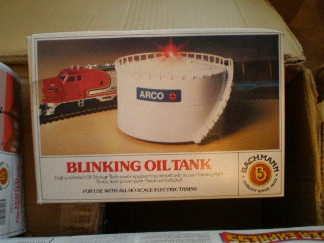 Bachman HO Blinking Oil Tank 46212