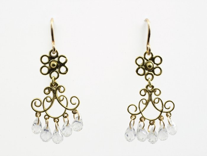 Gold Filigree Earring with White Topaz