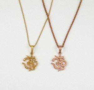 18kt Medium Gold OM Ohm Necklace