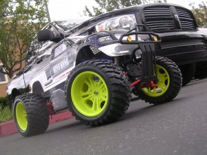 1/5 SCALE OFFROAD MONSTER TRUCK 4WD, 30CC 2-STROKE GAS ENGINE