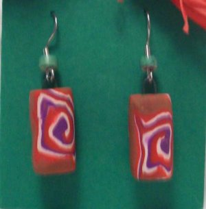 Tan swirly bead earrings