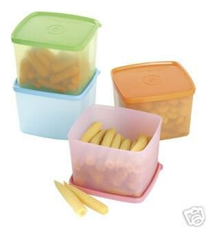 New Tupperware Medium Square Round Set *4*