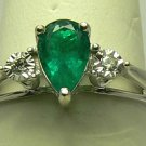 ELEGANT COLOMBIAN EMERALD & DIAMOND RING 1CT