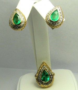 Custom Made Colombian Emerald & Diamond Earrings