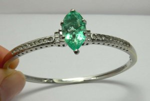 Fab! Colombian Emerald & Diamond Bangle 4.11cts