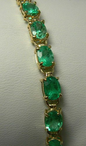15.0cts Electrifying! Oval Colombian Emerald & Gold Tennis Bracelet 14k