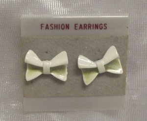 "Fashion Jewelry, a pair of 1"" bow tie earrings,  white and olive inset"