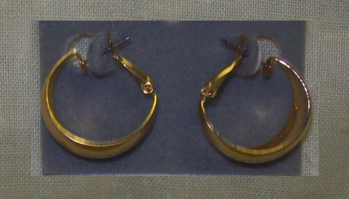 "Jewelry, Gold 1"" crescent earrings"