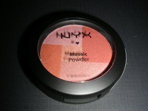 NYX MOSAIC POWDER BLUSH - CHAMPAGNE