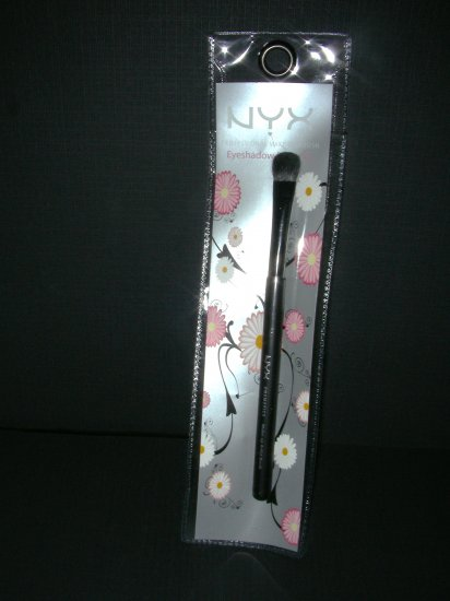 NYX MAKE-UP BRUSHES - EYE SHADOW BRUSH #2