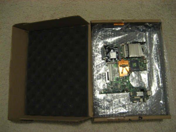 HP NC serie UMA system board P/N# 416980-001 NC6220 IGP