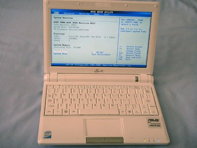 "Asus Eee PC 900A White 8.9"" Atom 1.6ghz 1024x600 Webcam 1GB"