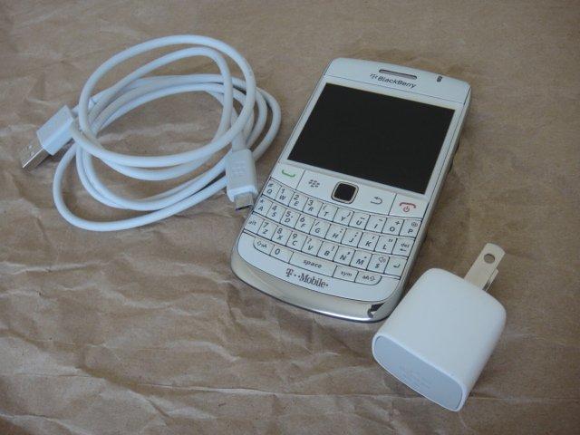 T-Mobile Blackberry RIM 9780 White OS BB 6.0 Wifi BT Full Keyboard GSM 3G