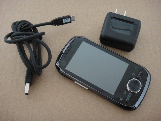 Boost Mobile Prepaid Motorola i1 Android Push-To-Talk Phone Rugged CDMA