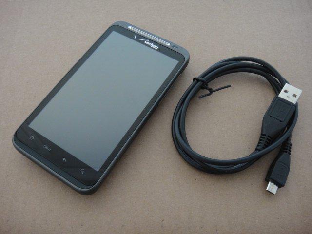 Verizon HTC Thunderbolt 4G LTE 1Ghz qHD LCD Display 8MP Wifi BT Android