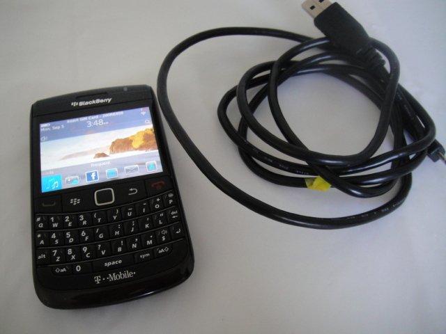 Unlocked T-Mobile Blackberry RIM 9780 Black OS BB 6.0 Wifi BT 3.2MP GSM