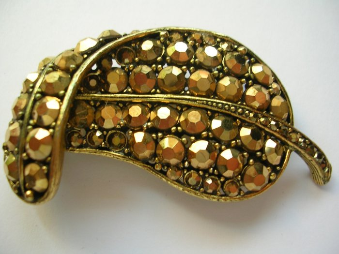 Weiss gold tone leaf broach