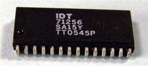 Lot of 8 IDT 71256SA15Y CMOS Static RAM 256KB (32Kx8)
