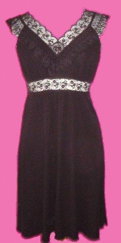 Moda Black Lace Dress