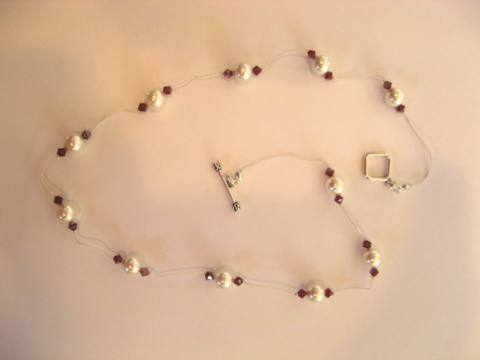 White Pearl knotted necklace