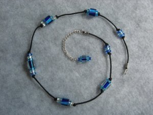 Cane Glass Knotted necklace