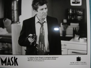 1994 *THE MASK*  Peter Riegert Movie Photo Still