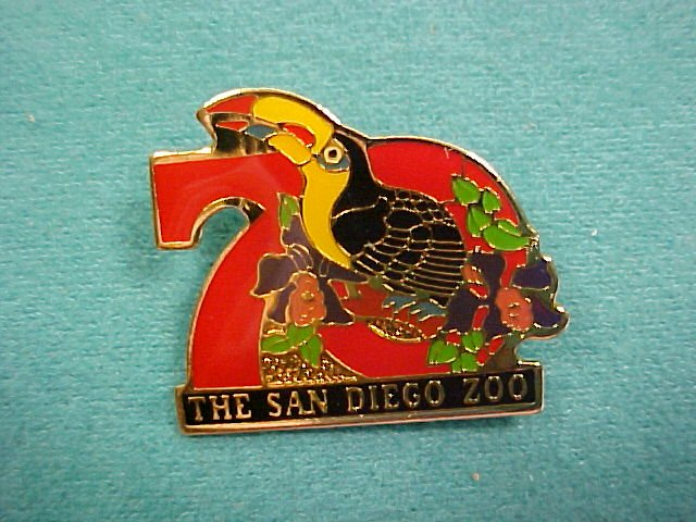 The San Diego Zoo Tucan Hat Lapel Pin