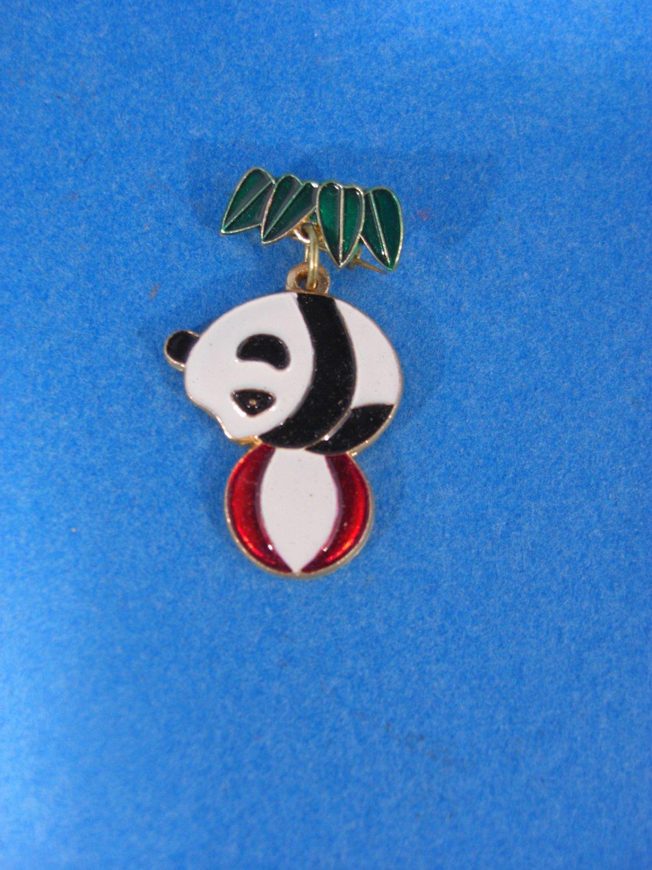 The San Diego Wild Animal Park Panda Bear w/Ball Pin