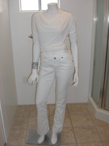 AG Adriano Goldschmied 29R White The Kiss Mid-Rise Boot Cut Jeans Pants