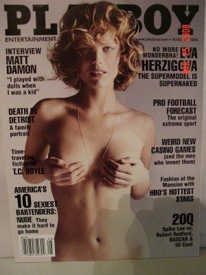 August 2004 Playboy Magazine Eva Herzigova Supermodel!!