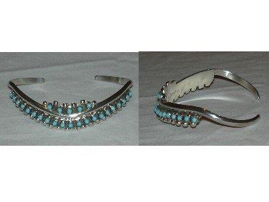 Zuni snake eye turquoise bracelet