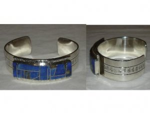 Stunning navajo silver bracelet adorned with LAPIS