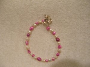 Pink and White freashwater Pearls Bracelet