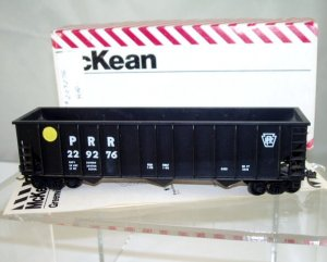McKean  HO Scale  PRR  45FT.  Open-Top  Hopper#229276