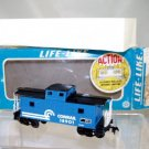 Life Like  HO Scale  Conrail  32FT. Center Cupola Caboose#CR18901