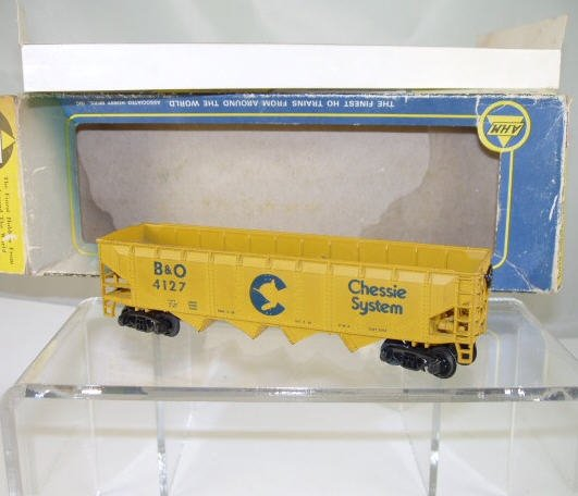 AHM  HO Scale  Chessie System  41FT. Open-Top 4-Bay Hopper#B&O4127