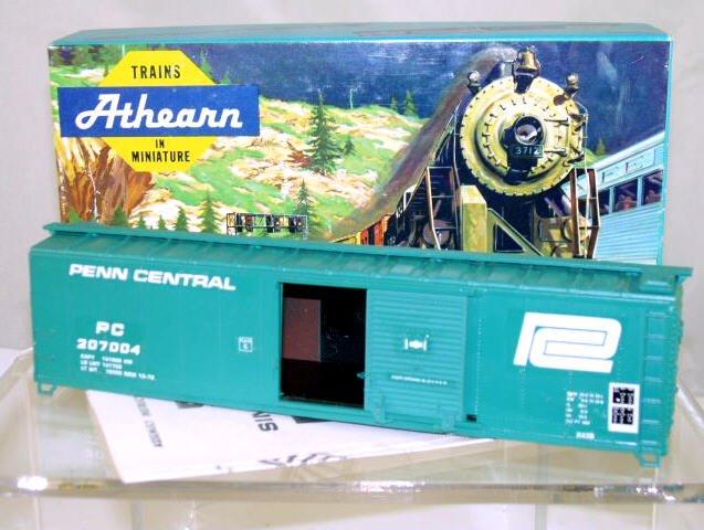 Athearn  HO Scale  Penn Central  50FT. Single-Door Steel Box Car#PC207004