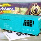 Athearn  HO Scale  Penn Central  40FT. Outside_Braced High-Cube Box Car#PC272747