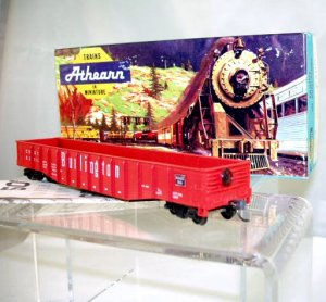 Athearn  HO Scale  Burlington Route  50Ft. Open-Top Gondola#CB&Q83110