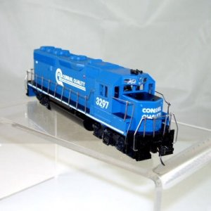 Athearn HO Scale  Conrail  EMD GP40-2(w/Q Herald) Diesel Road Locomotive#3297 Powered