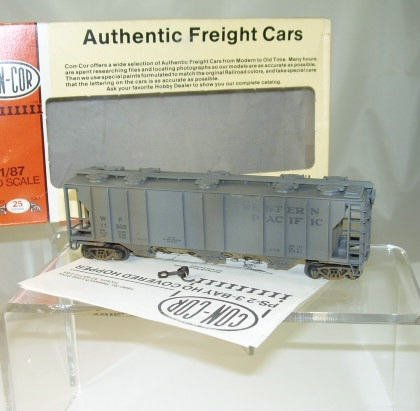 Con-Cor HO Scale  Western Pacific  47Ft. PS-2 3-Bay Covered Hopper(Weathered)#11506