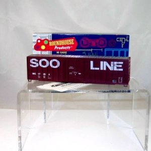 Roundhouse HO Scale  SOO Line(Wisconsin Central)  50Ft. FMC Plug-Door Box Car Kit# 17494 NIB
