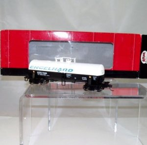 Atlas HO Scale  Englehard  43Ft. Kaolin Tank Car#71995 NIB